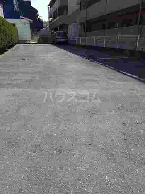 エントピアハイムⅠ 02030号室の駐車場