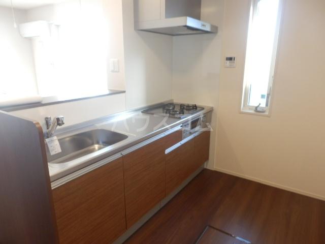 グランシャリオⅡ 102号室のキッチン