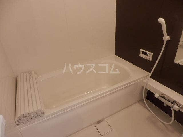 グランシャリオⅡ 102号室の風呂