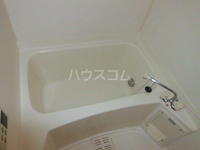 プリマベーラ 01020号室の風呂