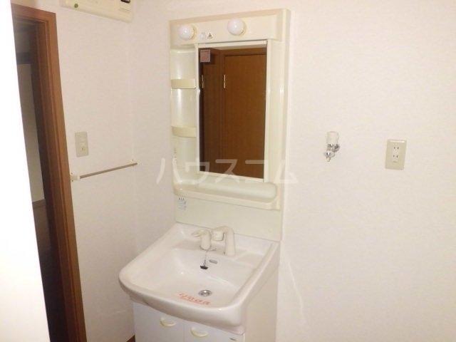 プリマベーラ 01020号室の洗面所