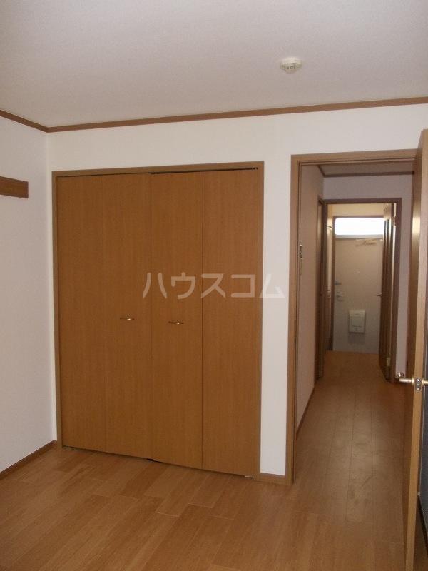 エスポアールB棟 01010号室の収納