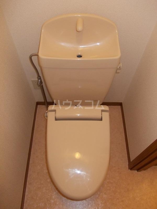 エスポアールB棟 01010号室のトイレ