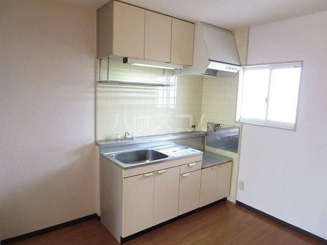 ニューシティ小林 02020号室のキッチン