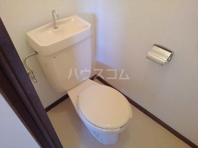 リバーサイドパレス 02010号室のトイレ