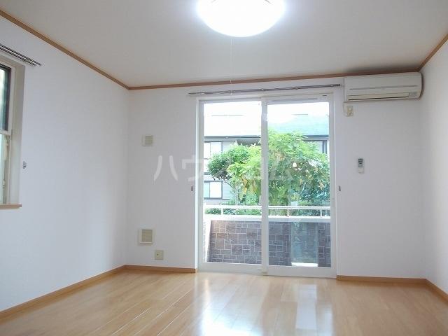 クロスロード 01010号室の洗面所