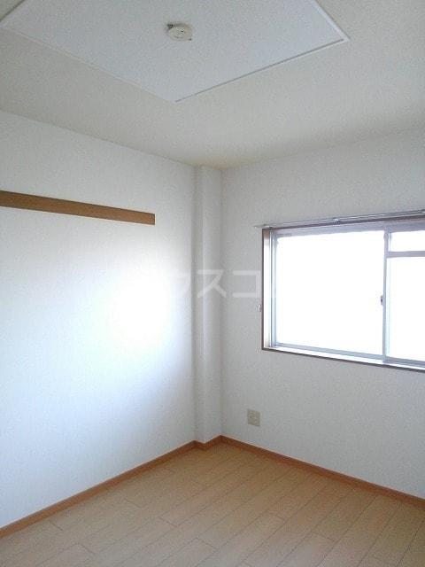 サンシティ豊川 02020号室の居室