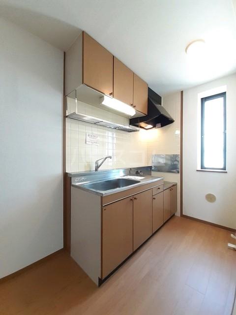 サニーコート松並 02030号室のキッチン