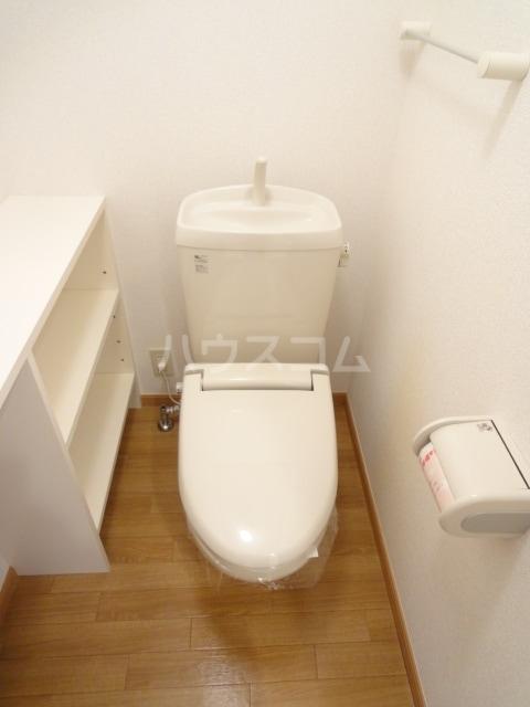イースト メゾン 02010号室のトイレ