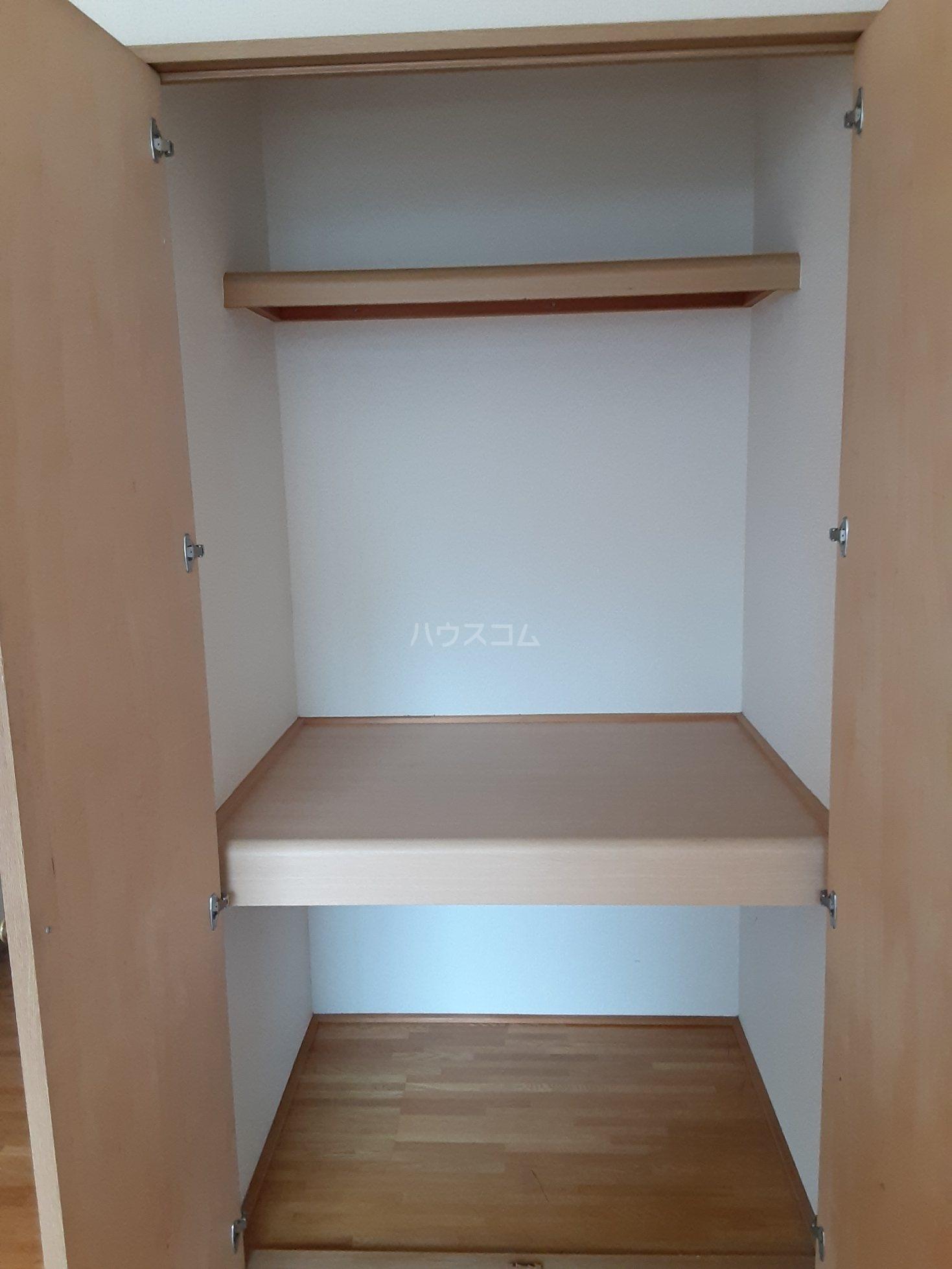 福山アパート 202号室の収納