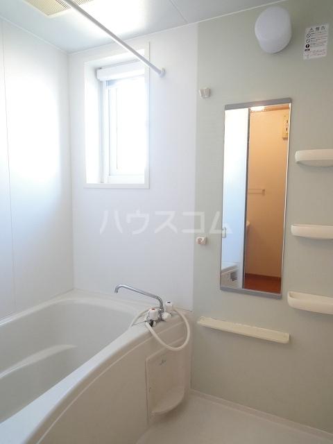 プラシ-ド・フィルⅡ 01030号室の風呂