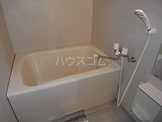 エクセル後田E 02030号室の洗面所