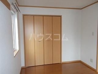 ソフィーシアA 01010号室の収納