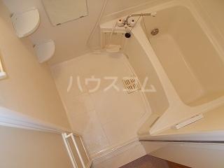 ソフィーシアA 01010号室の風呂