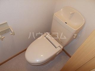 ソフィーシアA 01010号室のトイレ