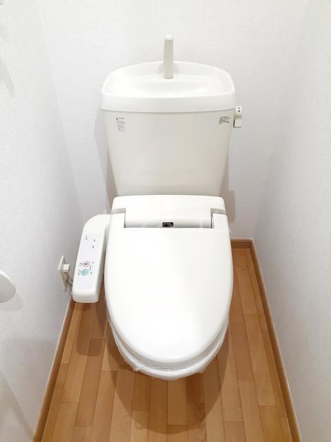 ル・フチュール湘南 01020号室のトイレ