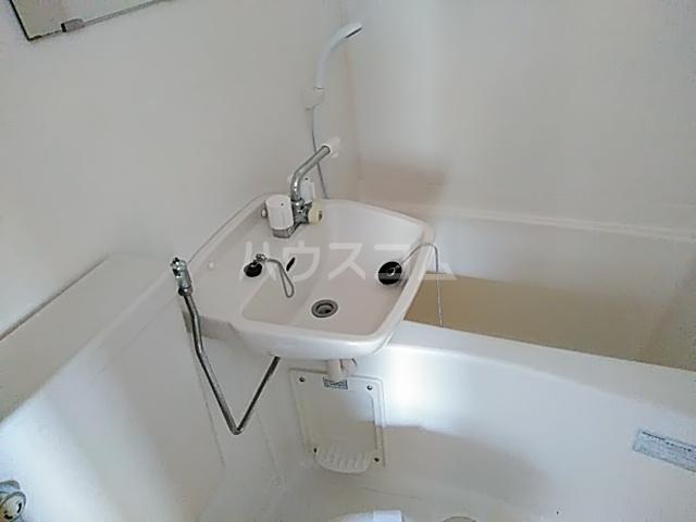 コーポ七沢 202号室の風呂