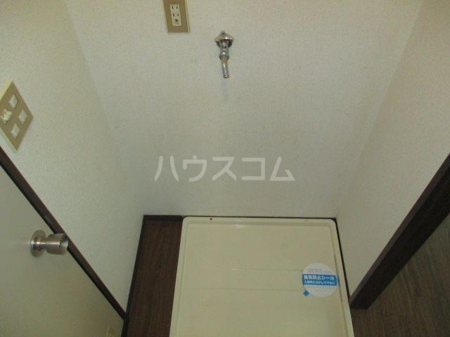 シャイニーハイツⅡ 203号室のリビング