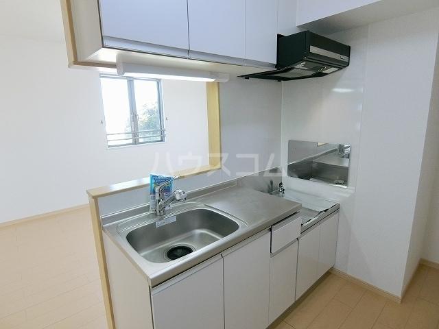 メゾングラシュⅠ 03010号室のキッチン