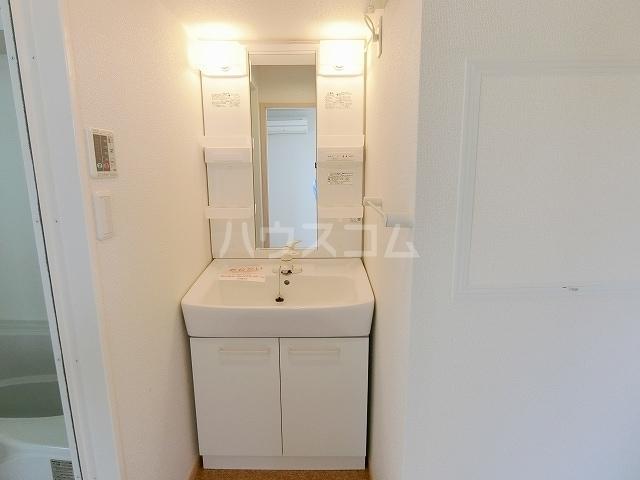 メゾングラシュⅠ 03010号室の洗面所