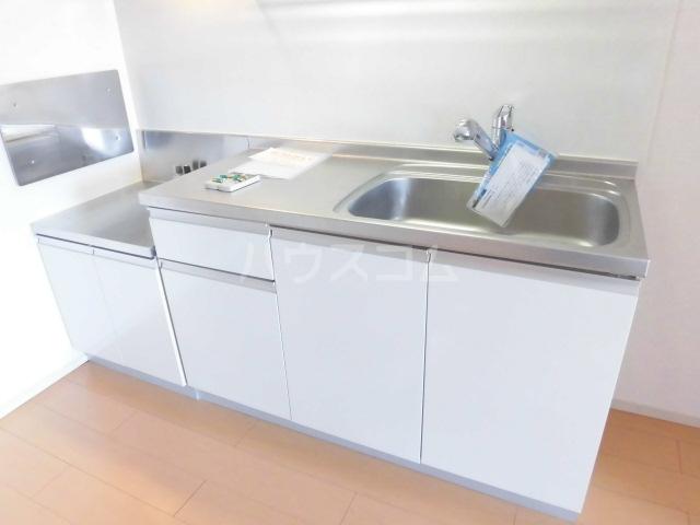 シャイニー 02020号室のキッチン
