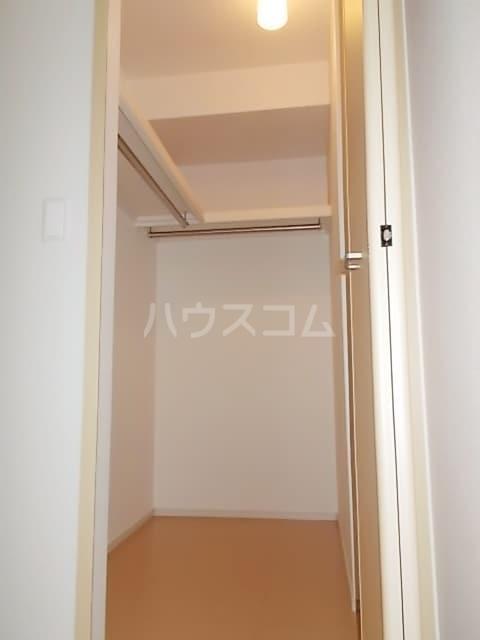 サン ブリッサ A 01040号室の収納