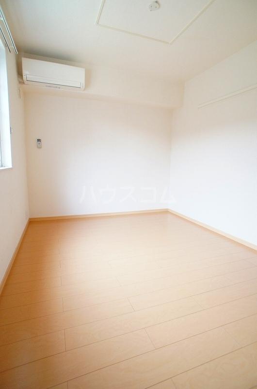 アルカンシェル Ⅱ 01030号室のベッドルーム