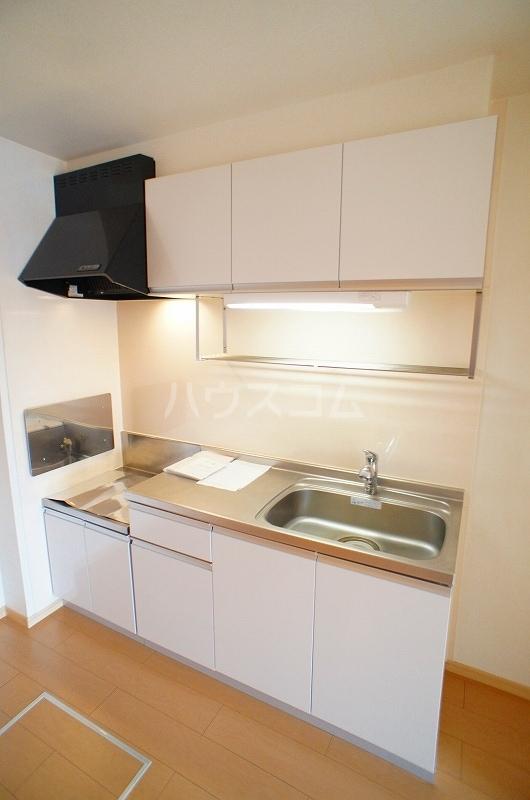 アルカンシェル Ⅱ 01030号室のキッチン