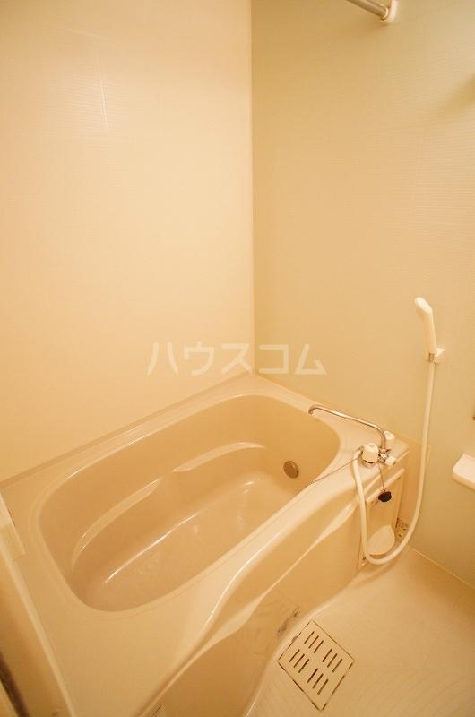 アルカンシェル Ⅱ 01030号室の風呂