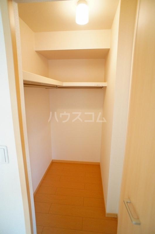 アルカンシェル Ⅱ 01030号室の収納