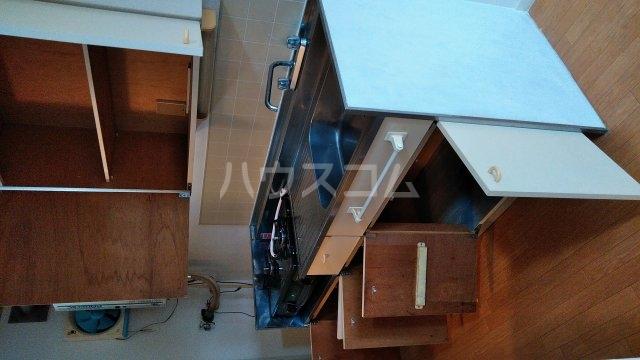 クリヤーハウス鵠沼 205号室のキッチン