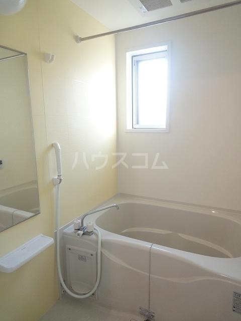 ハオスエーデルワイス Ⅲ 01020号室の風呂
