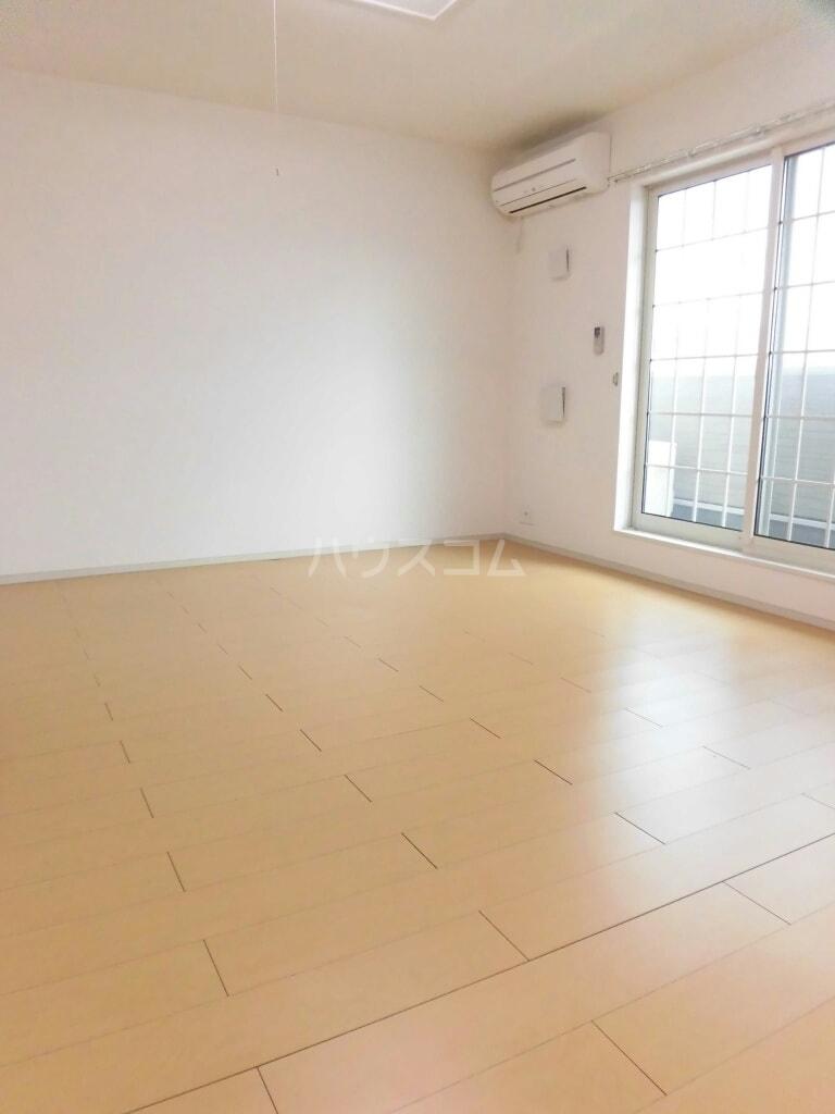ベルクムント 02020号室の居室