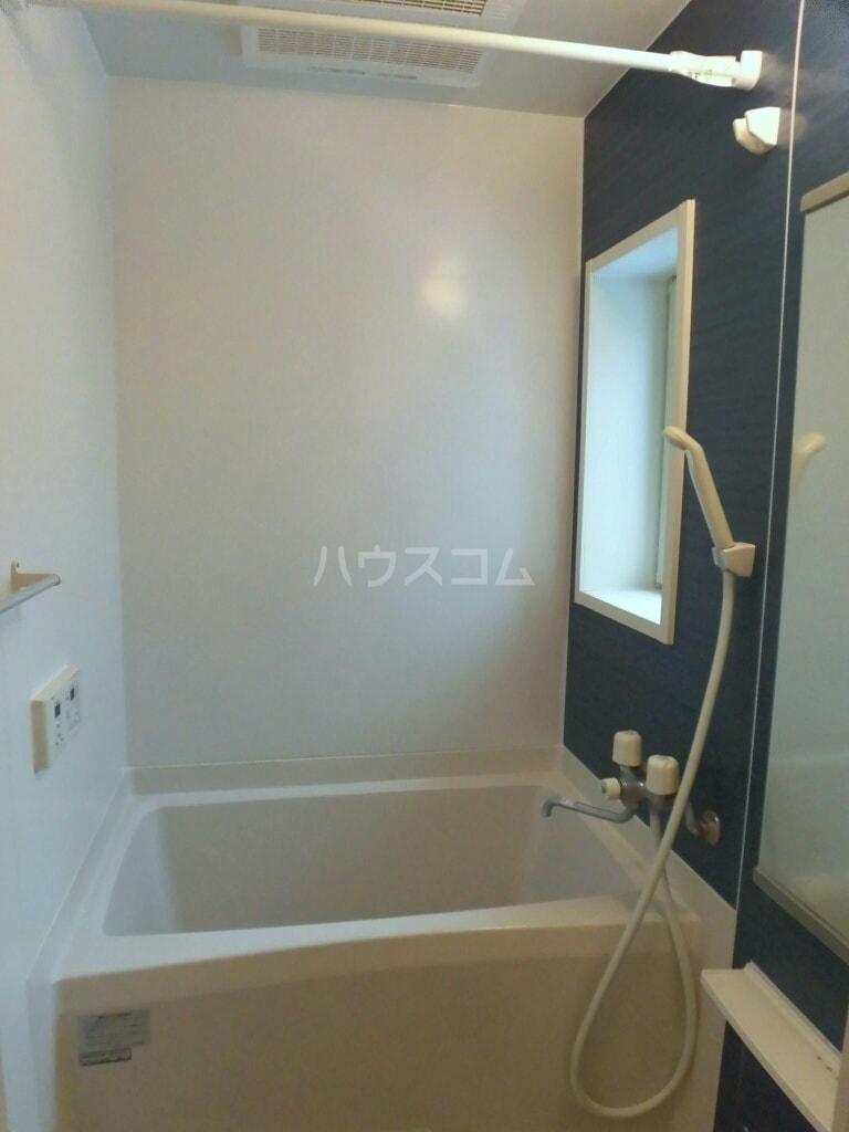 ベルクムント 02020号室の風呂
