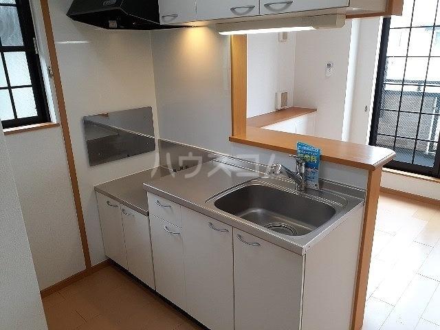 ジュネス モリタ 02020号室のキッチン