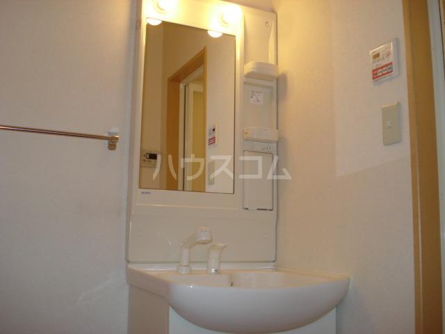 スクエアSASAI 00101号室の洗面所