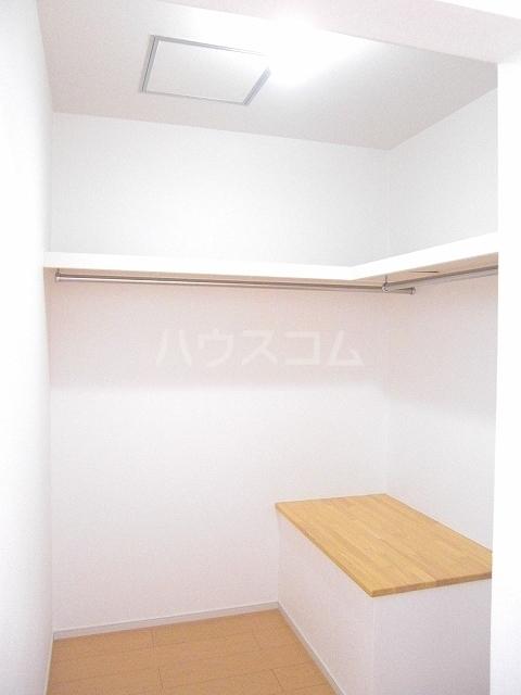 エスペランサ 02020号室の収納