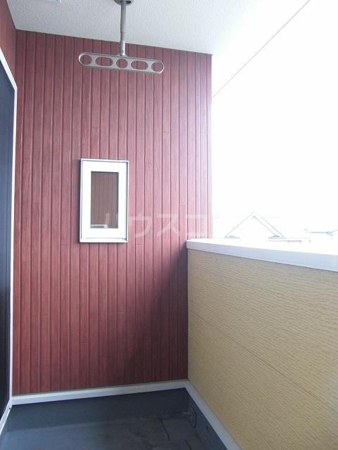 エスペランサ 02020号室のバルコニー