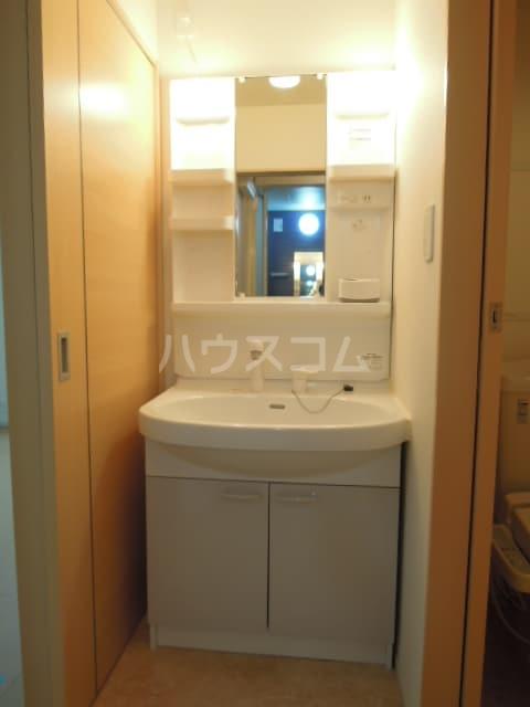 ジェルメ・メゾンM.3号館 02020号室の洗面所