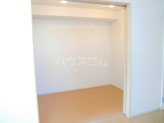 フリルフスリフ 01010号室のその他