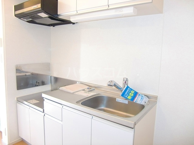 フリルフスリフ 01010号室のキッチン