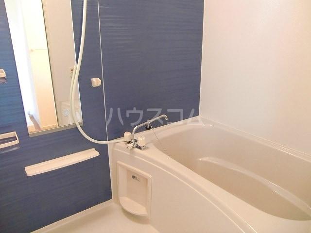 フリルフスリフ 01010号室の風呂