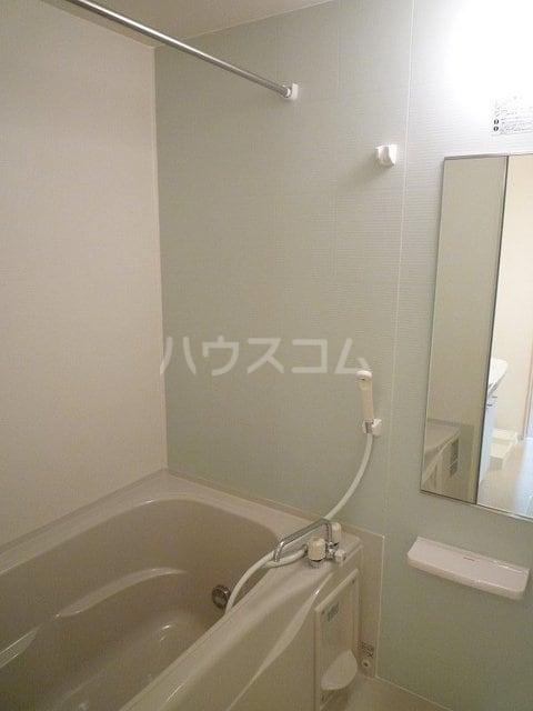 グランドライフ 01010号室の風呂