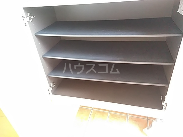 サワディーB 02030号室の収納