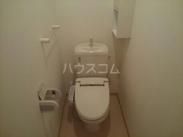 ボナール 01060号室のトイレ