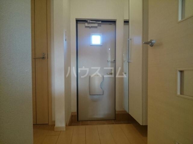 ボナール 01060号室の玄関