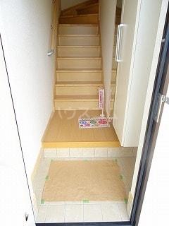 アルモニー三木 02040号室の玄関