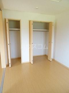 アルモニー三木 02040号室の収納