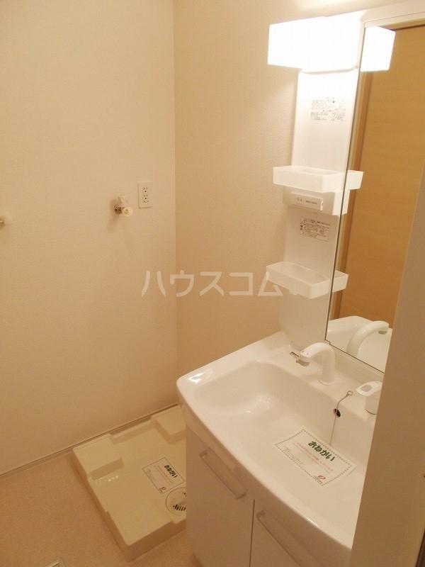 プレ エフ 01020号室の洗面所
