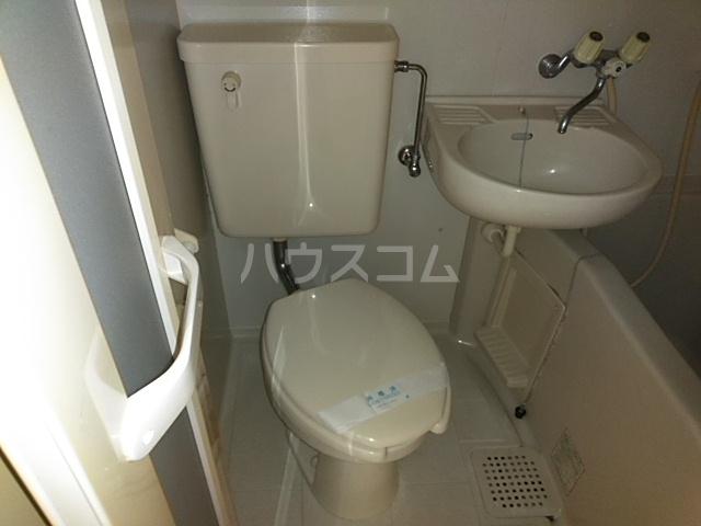第3ファミリーハイツ 106号室のトイレ